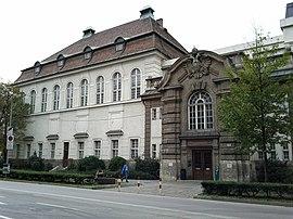 Universitäts-und Landesbibliothek Tirol