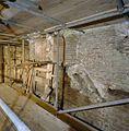 Interieur keukentoren- noordwand begane grond en eerste verdieping, met restant van gesleepte schoorsteen - Nederhemert-Zuid - 20342433 - RCE.jpg