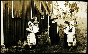 Isla de la Juventud - Image: Isle of Pines, Cuba, circa 1914, School Play, smaller