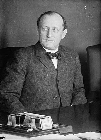 James Clark McReynolds - Attorney General McReynolds (ca. 1913)