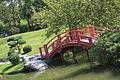 Jardin japonais Compans Caffarelli 2011 pont.JPG