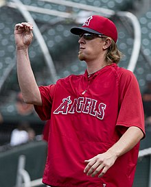 Jered Weaver 2013.jpg