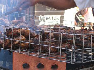 Antigua and Barbuda cuisine - Jerk chicken cooking