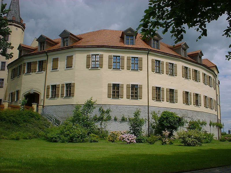 File:Jessen castle.jpg