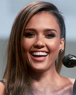Jessica Alba vuoden 2014 San Diego Comic-Con Internationalissa.