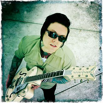 The Knockouts - Frontman Johan Frandsen, The Knockouts with his signature Gretsch guitar