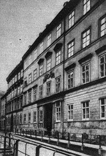 Wohn- und Sterbehaus von Brahms in der Karlsgasse 4, wo er seit dem 1. Jänner 1872 bis zu seinem Tod 1897 wohnte[8] (Quelle: Wikimedia)