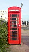 K6 Telephone Kiosk en Bloomsbury Place, Brajtono (IoE Code 482117).jpg