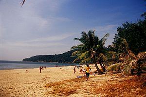 Karon Beach, December 2004.