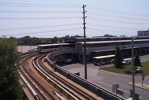 Kennedy station - SRT leaving the station, showing the sharp curve that would complicate replacing the SRT with heavy rail.