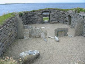 Prehistoric Orkney - The interior of Knap of Howar