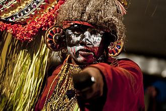 Mudiyett - kooli - a character who helps Kali appear as a comedian