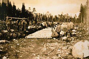 Alexander Trepov - POWs constructing the Kirov Railway (1916)
