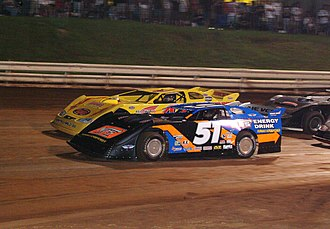 Hoosier Racing Tire - Image: Kyle Busch KBM Dirt Late Model Williams Grove 2009
