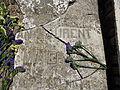Lápida de la tumba del fotógrafo J. Laurent (1816-1886), Madrid.JPG