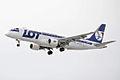 LOT, SP-LIA, Embraer ERJ-175STD (16455444422).jpg