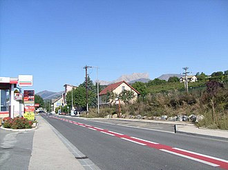 La Freissinouse - The main road D994, through La Freissinouse