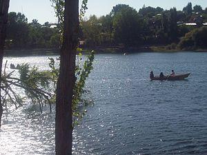 Español: vacaciones en la laguna