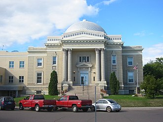 Lake County, Minnesota - Image: Lake Co Courthouse 002