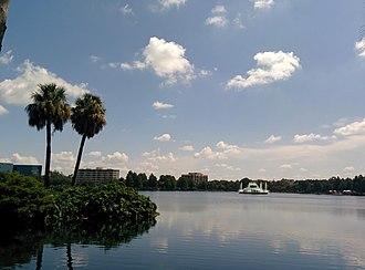 Lake Eola Park - Lake Eola