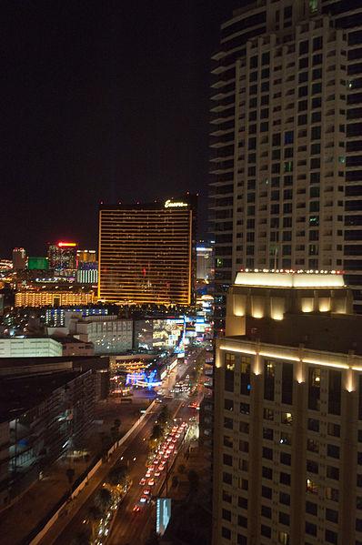 File:Las Vegas Strip (6119596772).jpg