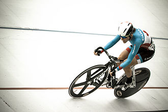 Laura Brown (cyclist) - Brown in 2013