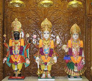 Laxmi Narayan Dev Gadi - Laxmi Narayan with Rancchodrai at the Swaminarayan temple in New Jersey (Somerset)