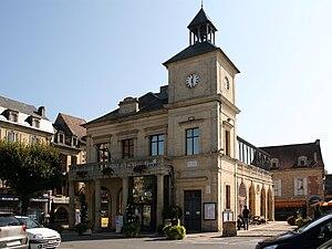 Le Bugue - Town hall