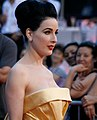 Life Ball 2010, red carpet, Dita von Teese 2.jpg