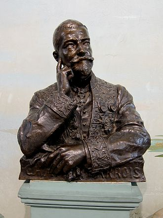 Charles Barrois - Bust of Barrois in the Lille Natural History Museum