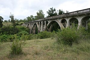 Lockyer Creek Railway Bridge (Murphys Creek) - Lockyer Creek Railway Bridge at Murphys Creek, 2009