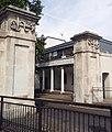 London, Woolwich Dockyard, gatehouse 1.jpg