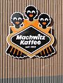 Machwitz Kaffee Symbol Hauswand.jpg