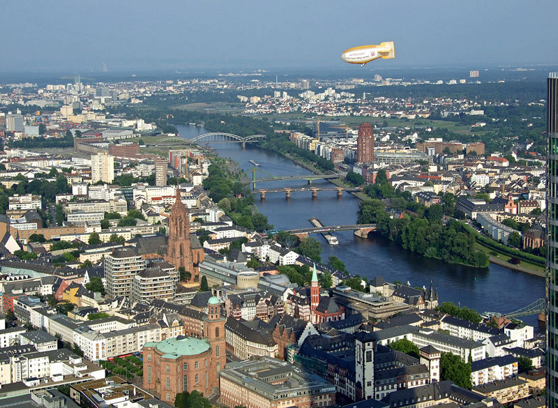 File:Main-durch-frankfurt-ffm001.jpg