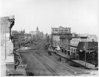 Winnipeg Route 52 - Image: Main Street, Winnipeg, MB, 1887