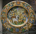 Maiolica di nevers, trionfo di cesare in roma, 1600-1630 circa.JPG