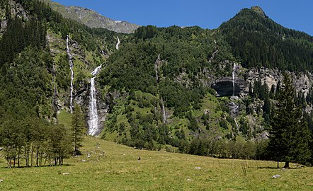 Mallnitz Seebachtal Wasserfälle 02.jpg