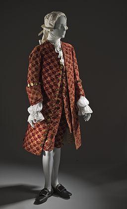 Man's 3-piece velvet suit c. 1755