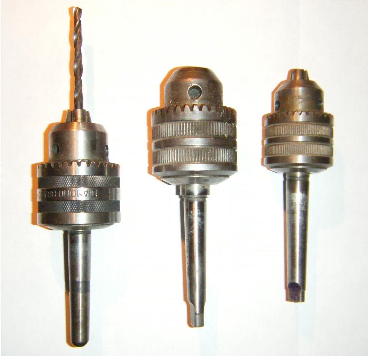 Mandrino wikipedia for Tipi di materiali per tubi idraulici