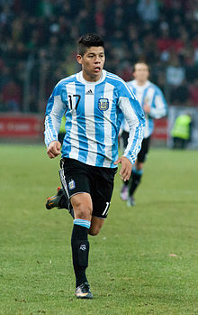 Marcos Rojo – Portugal vs. Argentina, 9th February 2011 (1).jpg