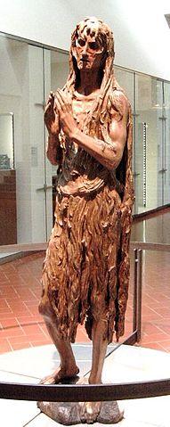 «Мария Магдалина», скульптура Донателло, 1455. Святая изображена измождённой, в рубище, после долгих лет отшельничества.