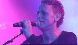 Martin Gore - Live - Hollywood 2013.jpg