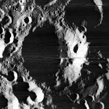 Mechnikov crater 1040 med.jpg