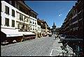 Morat. Grand Rue verso la Porta di Berna.jpg