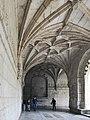 Mosteiro dos jerônimos (41435412561).jpg