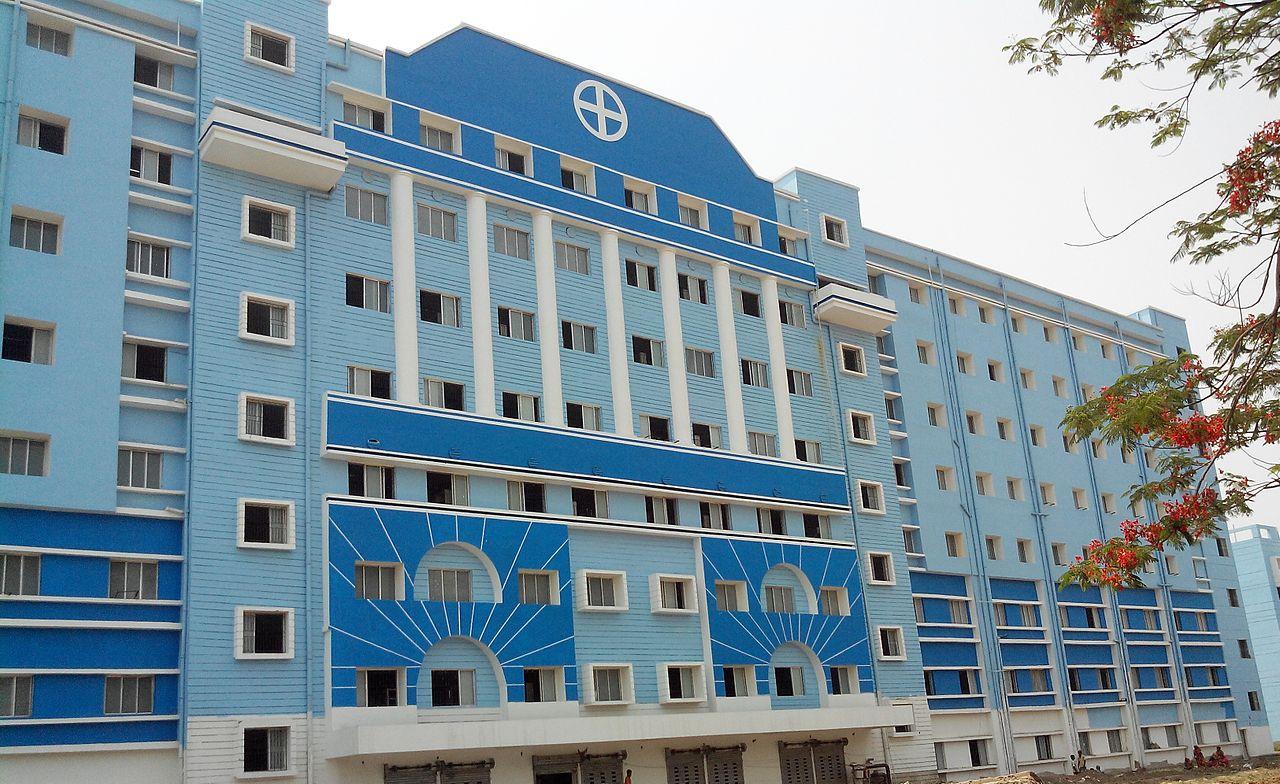 File:Murshidabad Medical College and Hospital, Berhampore ...