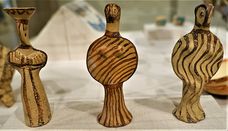 File:Mycenaean Terracotta Female Figures - MET - Joy of Museums.jpg