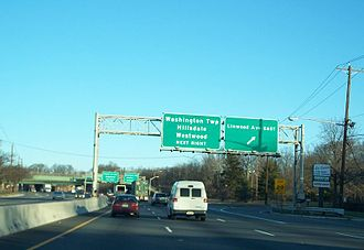New Jersey Route 17 - Route 17 at the Linwood Avenue East exit