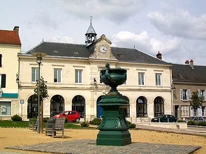 Comment aller à Nanteuil Le Haudoin en transport en commun - A propos de cet endroit