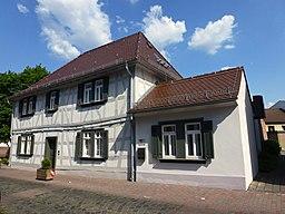 Neu Isenburg Französische Schule von 1704 in der Pfarrgasse 29